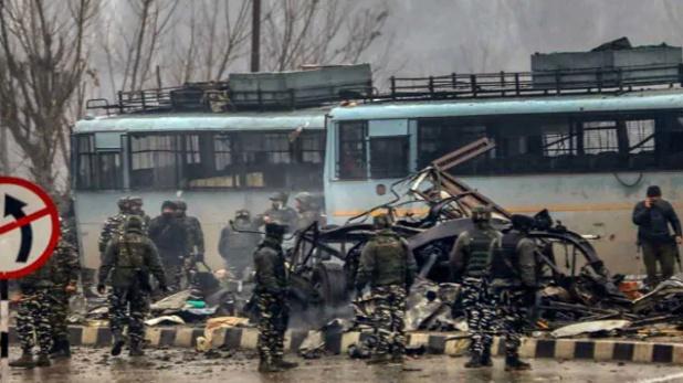 , 5 बड़ी ख़बरें जो पुलवामा धमाके में 'उड़' गईं!