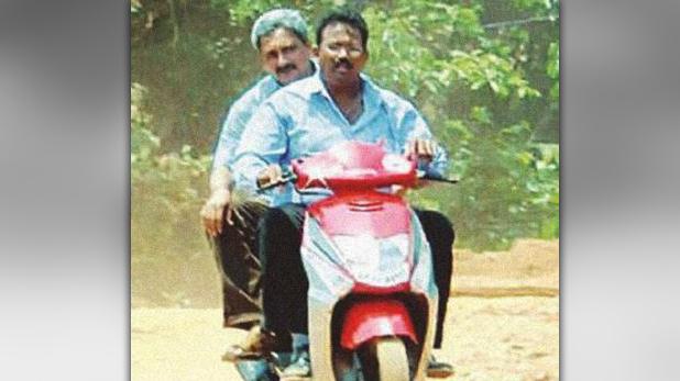 Manohar Parrikar, स्कूटर से करते सफर, टपरी पर पीते चाय, CM मनोहर पर्रिकर से जुड़ी ये बातें कर देंगी कायल