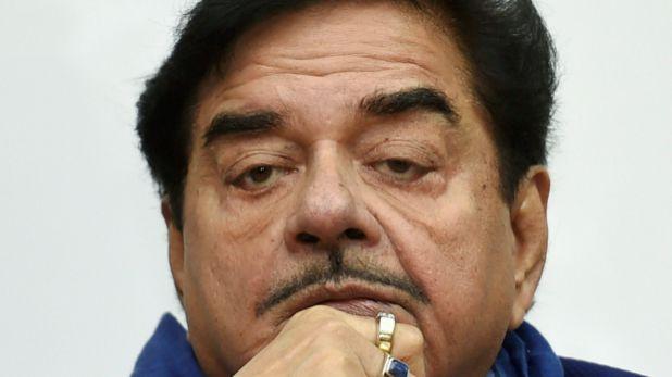 Shatrughan Sinha, 'खोटा सिक्का नहीं चलेगा', शत्रुघ्न सिन्हा के सामने पटना में कांग्रेसियों का हंगामा