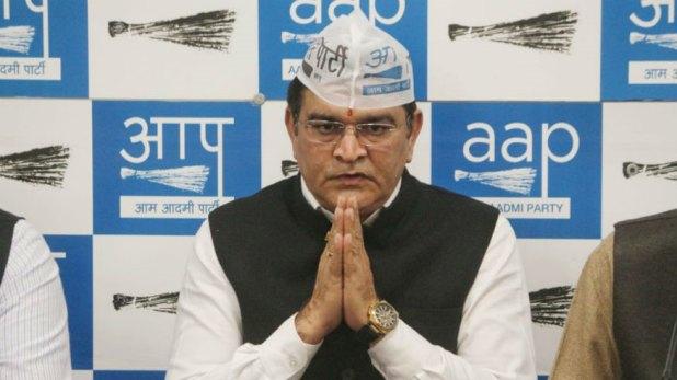 , 'पापा ने टिकट के लिए केजरीवाल को 6 करोड़ दिए', AAP उम्मीदवार बलबीर जाखड़ के बेटे का आरोप