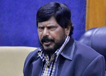 शिवसेना NDA में नहीं आती तो NCP को शामिल हो जाना चाहिए: अठावले