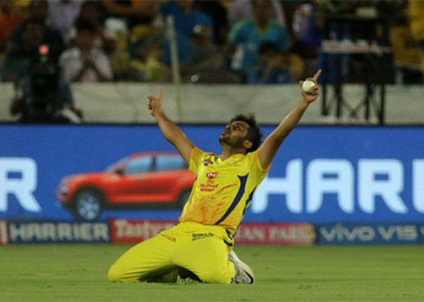 IPL 2019 Final, IPL 2019 FINAL: शार्दूल ठाकुर ने पकड़ा गजब का कैच
