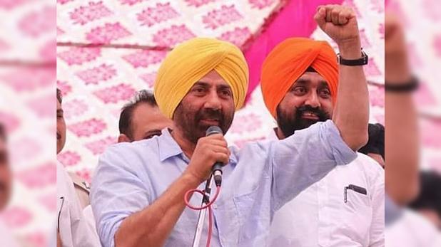 Sunny Deol, सनी देओल ने गुरदासपुर में नियुक्त किया अपना प्रतिनिधि, कांग्रेस ने कहा 'वोटर्स के साथ धोखा'