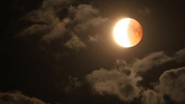 Chandra Grahan 2019, आज रात खूनी लाल दिखेगा चांद, 149 साल बाद होगा ऐसा चंद्रग्रहण