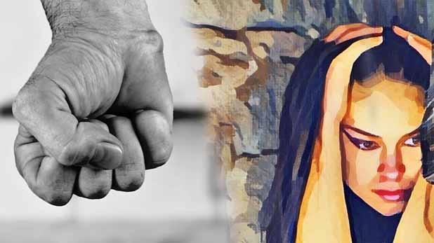 man thrash wife, हनीमून पर पति ने जबरन पिलाई शराब, पत्नी ने मना किया तो मुंह में भर दिया कांच