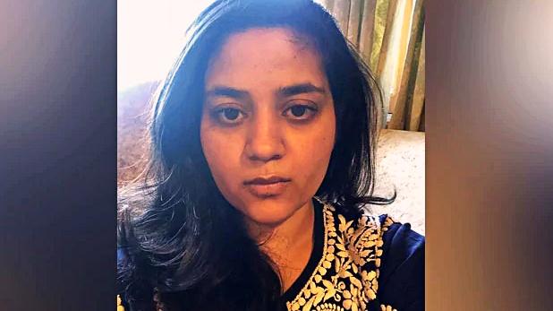 Mehbooba Mufti daughter, महबूबा मुफ्ती की बेटी ने उनकी कस्टडी को सुप्रीम कोर्ट में दी चुनौती