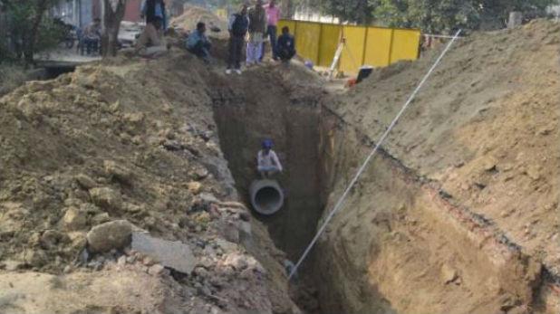 सीवर, गाजियाबाद: सीवर की सफाई कर रहे पांच लोगों की मौत, सरकार ने किया मुआवजे का ऐलान