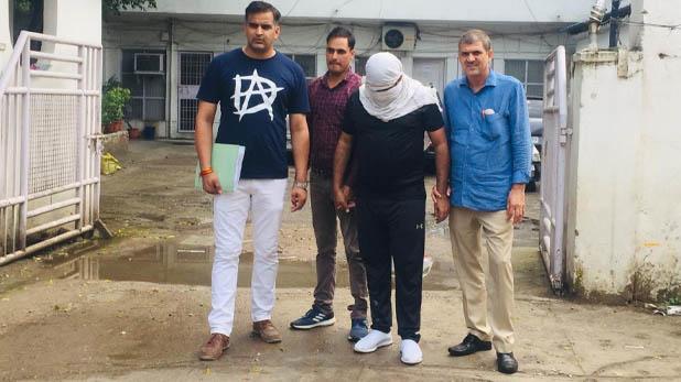 Tiger Gang ATM cloning, ATM क्लोनिंग से लोगों को लगाता था करोड़ों का चूना, फिर करता था अय्याशी; दिल्ली पुलिस ने किया गिरफ्तार