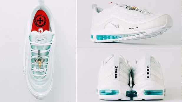 Jesus shoes, मिनटों में बिक गए पवित्र पानी से भरे 'जीसस शूज़,' कीमत 2 लाख रुपए से ऊपर