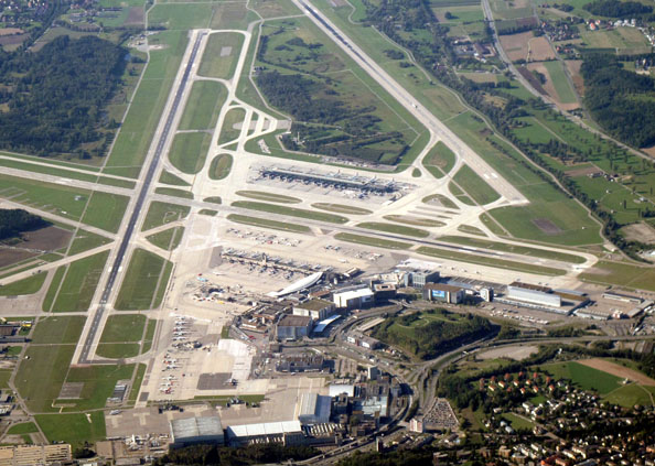 Zurich Airport jewar airport, ज्यूरिख की तर्ज पर बनेगा जेवर एयरपोर्ट, देखिए PHOTOS