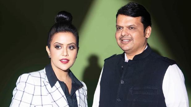 Devendra fadnavis wife amruta, 'पलट के आऊंगी, शाखों पे खुशबुएं लेकर', पति की कुर्सी जाने पर बोलीं अमृता फडणवीस