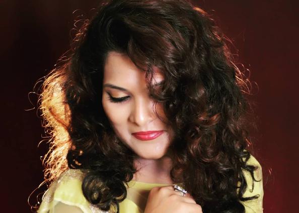 singer geeta mali die, अमेरिका से छुट्टियां बिताकर लौट रही थी, हाइवे पर भयानक हादसे में सिंगर की मौत