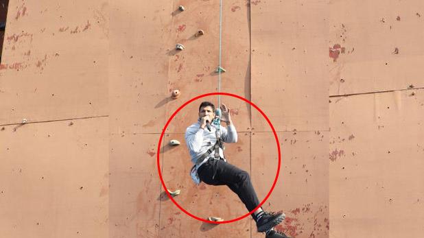 jeetu patwari wall climbing, VIDEO: दीवार पर 40 फीट ऊपर चढ़े जीतू पटवारी, देशभर के खेल मंत्रियों को दिया फिटनेस चैलेंज