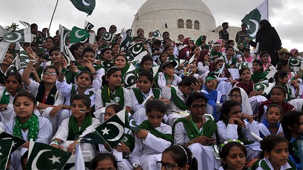 forced conversions in Karachi, पाकिस्तान: कराची में जबरन धर्मांतरण के खिलाफ रविवार को भूख हड़ताल करेंगे छात्र
