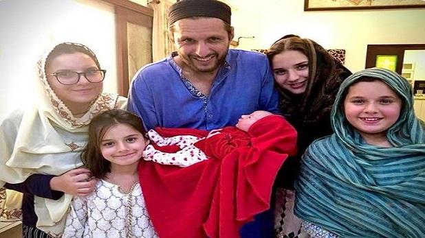 Shahid Afridi recover, Coronavirus की चपेट से बाहर आए शाहिद अफरीदी, बोले- परिवार की रिपोर्ट भी आई निगेटिव