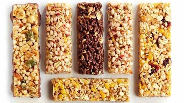 healthy substitutes of sweets to be eaten during dieting, डाइटिंग की शुरुआत में होने वाली शुगर क्रेविंग्स के लिए मीठे के कुछ हेल्दी ऑप्शन