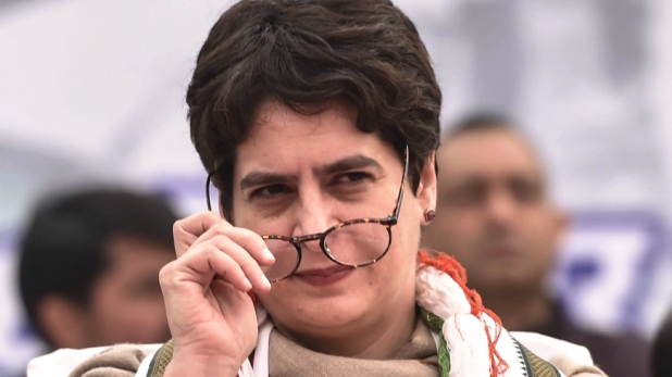 Priyanka Gandhi wrote letter, प्रियंका गांधी ने योगी आदित्यनाथ को लिखा पत्र, कहा- Corona टेस्टिंग और ट्रीटमेंट की सुविधा बढ़ाई जाए