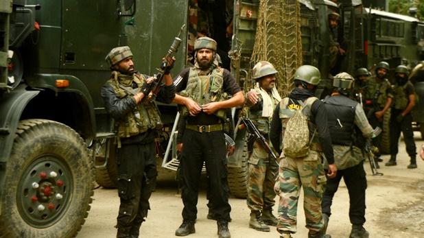 Two militants killed, जम्मू-कश्मीर: कुलगाम में सुरक्षाबलों ने 2 आतंकियों को किया ढेर, घरवालों के कहने पर भी नहीं हुए सरेंडर