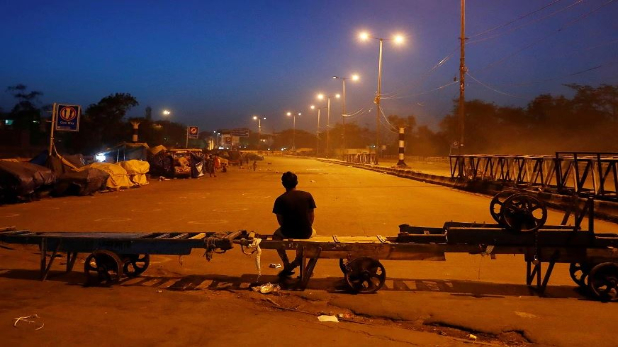 districts including Noida Ghaziabad night curfew will start from 8 ...