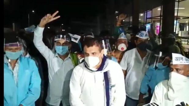 AAP MP sanjay singh help bihari migrants, मजदूरों को अपने साथ प्लेन में बिठाकर पटना छोड़कर आए AAP सांसद संजय सिंह