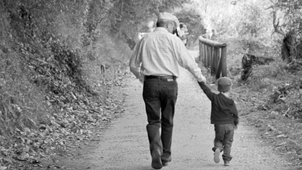 Open letter for father by a son on Fathers day, Happy Fathers Day 2020: एक बेटे का पिता के नाम Open Letter- 'आयरन मैन मुस्कुराते नहीं'