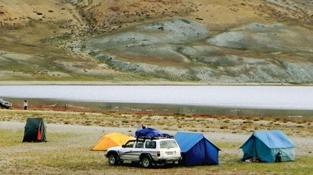 mount kailash mansarovar parikrama, 45 किलोमीटर में फैला 22 हजार फीट ऊंचा कैलास, यहां हर गोंपाओं पर दिखता है चीनी आतंक का असर