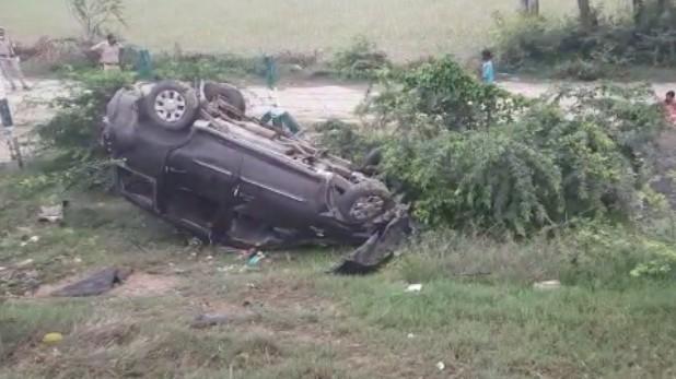 Agra Lucknow Expressway Accident, लखनऊ-आगरा एक्सप्रेसवे पर भीषण सड़क हादसा, बस और कार की टक्कर में 6 लोगों की मौत, 40 घायल