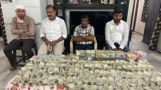 Tahsildar bribery case telangana, तेलंगाना: जमीन के मामले में तहसीलदार ने ली 1 करोड़ 10 लाख रुपये की रिश्वत, एसीबी ने रंगे हाथों पकड़ा