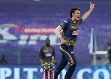 युवराज सिंह ने की पैट कमिंस की तारीफ, कहा- युवा तेज गेंदबाज इनसे सीखें