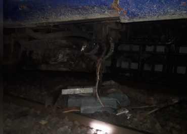 बिहार में पटरी से उतरी गोरखपुर-कोलकाता पूजा स्पेशल ट्रेन