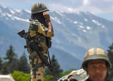 लद्दाख: भारत ने सीमा में घुसे चीनी सैनिक को पकड़ा, कई सैन्य कागजात बरामद